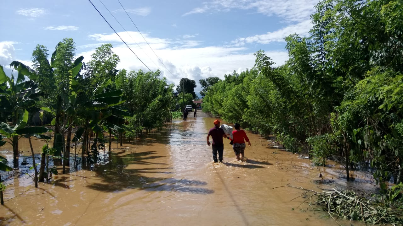 Let's give hope to those affected by Hurricane ETA in Izabal, Guatemala.